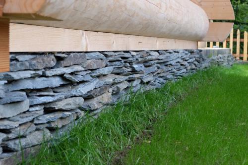 kamień elewacyjny cięty jednostronnie